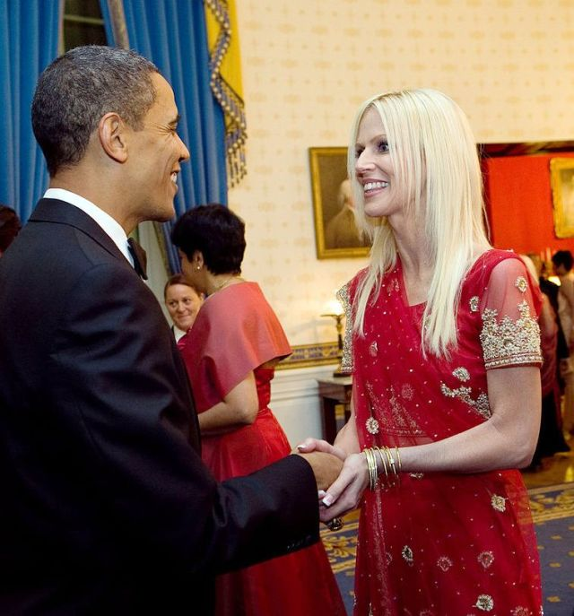 1280px-President_Barack_Obama_greets_Michaele_and_Tareq_Salahi