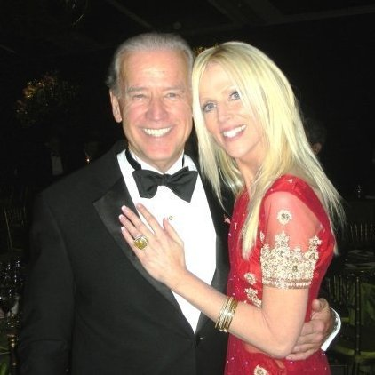 michaele-salahi-and-joe-biden-picture