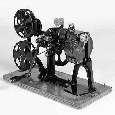 1913_projector