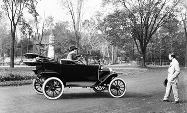 Woman learning to drive 1913 Model T